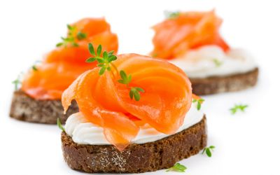 Canapes mit Lachs.jpg